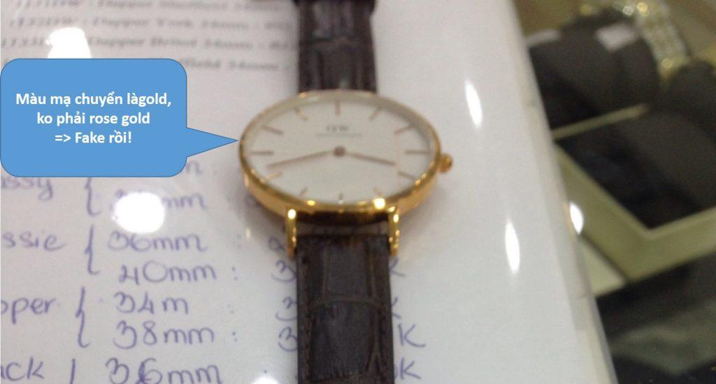 Đồng hồ Daniel Wellington fake tại một shop lừa đảo